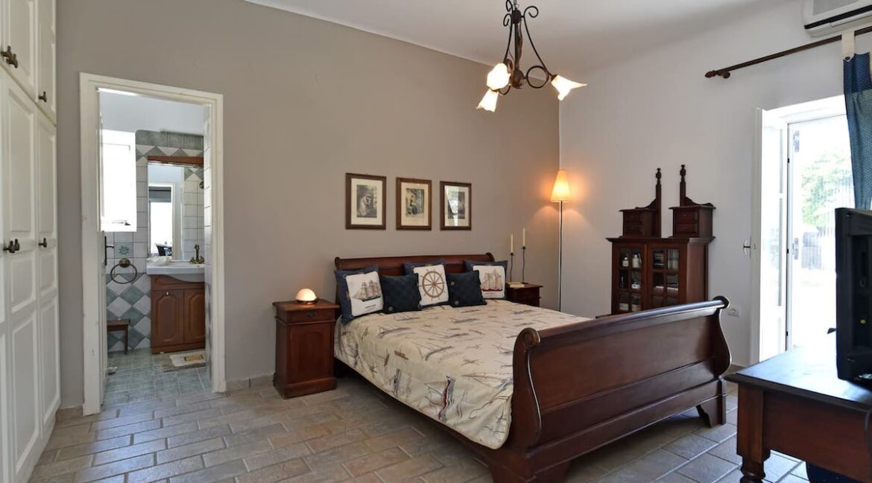 House in Parikia Paros for Sale, Properties Paros Greece 6