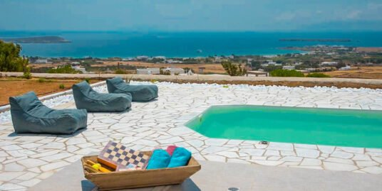 Sea View Property in Paros, Tzanes