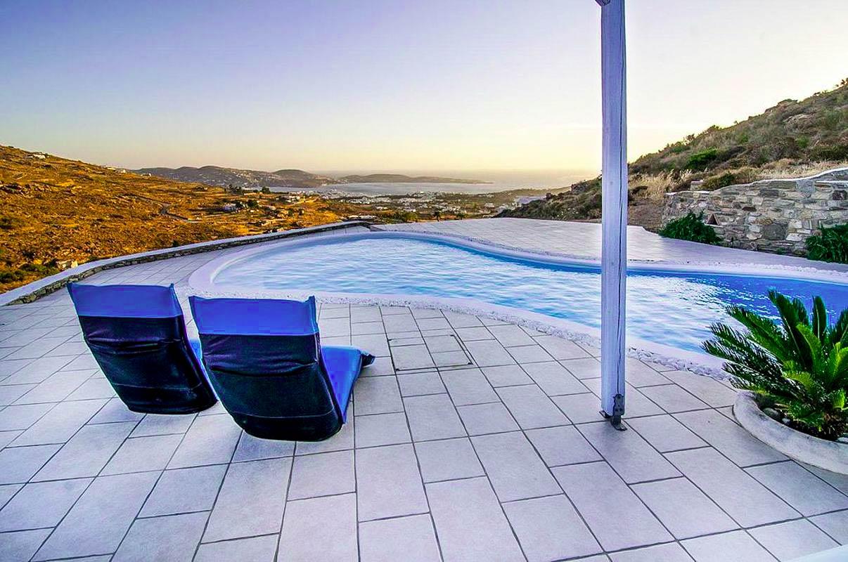 2 bedroom luxury House for sale in Paros