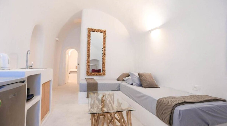 Cave House Santorini Greece for Sale, Akrotiri, Santorini Island Properties. Santorini Greece Real Estate 1