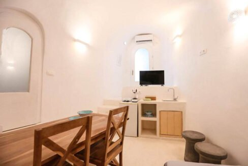 Cave House Santorini Greece for Sale, Akrotiri, Santorini Island Properties. Santorini Greece Real Estate 3