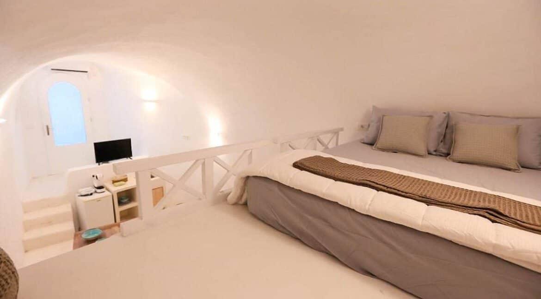 Cave House Santorini Greece for Sale, Akrotiri, Santorini Island Properties. Santorini Greece Real Estate 5