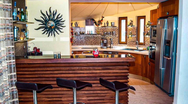 Corfu town Villa with deck for your boat, Corfu Luxury Properties. Corfu Luxury Homes 18