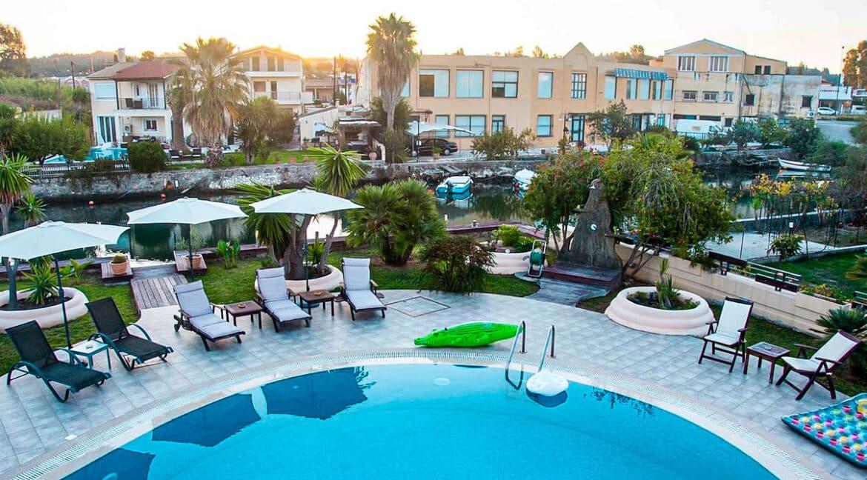 Corfu town Villa with deck for your boat, Corfu Luxury Properties. Corfu Luxury Homes 30