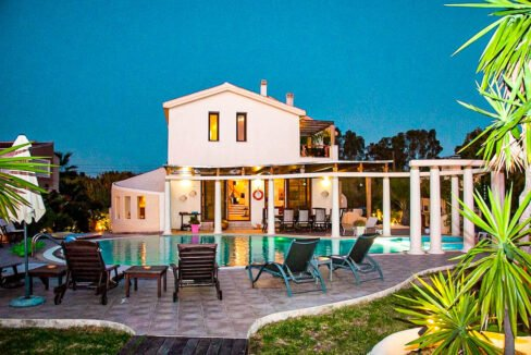 Corfu town Villa with deck for your boat, Corfu Luxury Properties. Corfu Luxury Homes 32