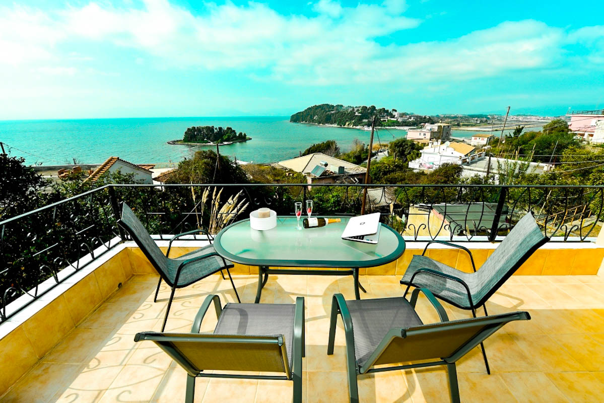 Detached house For Sale Central Corfu, 2 Apartments