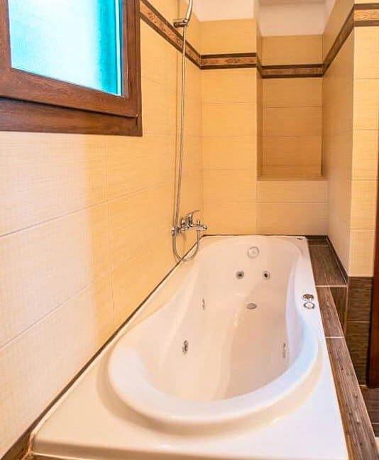 Kassandra Luxury beachfront villa, Palliouri Halkidiki. Halkidiki Properties 12