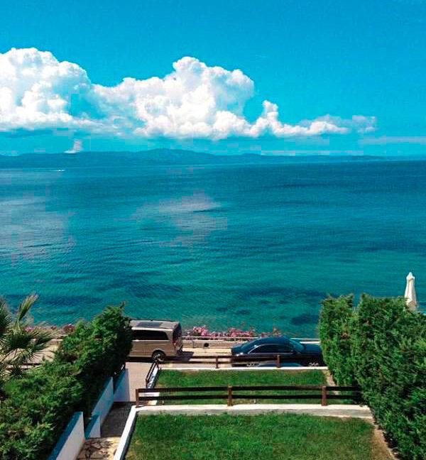 Kassandra Luxury beachfront villa, Palliouri Halkidiki. Halkidiki Properties 28