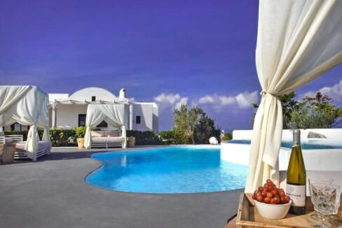Luxury villa in Santorini for Sale, Real Estate Santorini,
