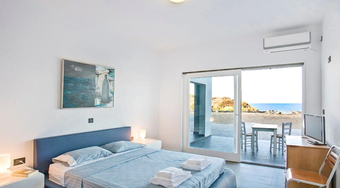 Seafront Detached Houses Naxos Island, Seafront Property Naxos Greece for sale. Properties in Greek Islands 31