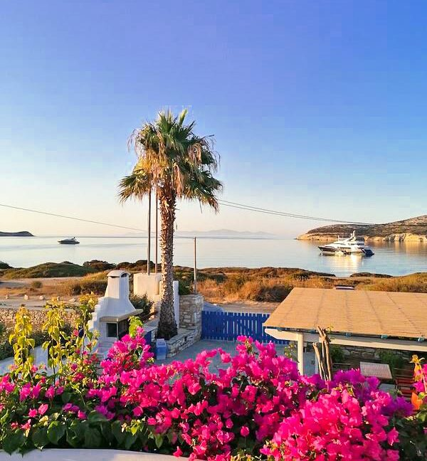 Seafront Villa in Antiparos in Cyclades Greece