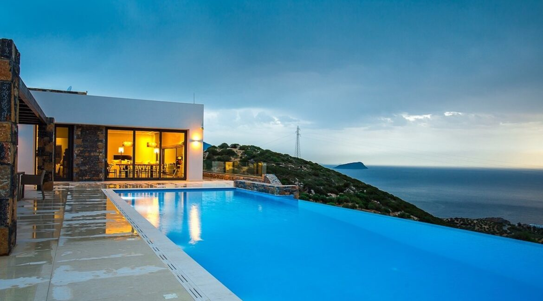 Villa for sale on the island Crete Greece, Luxury Properties Crete Greece
