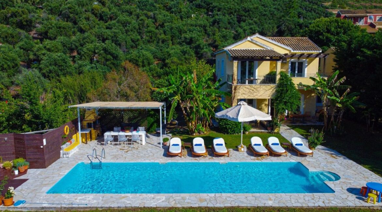 Villa with direct sea access at Corfu, Kassiopi. Corfu Luxury homes 27