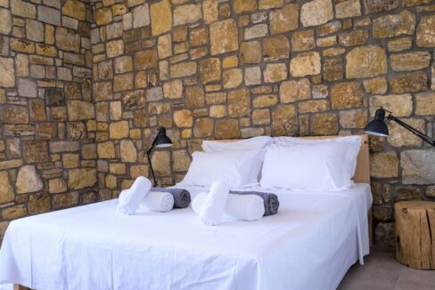 Beautiful villa Sithonia Halkidiki. Hill top Villa Halkidiki Greece for sale 2