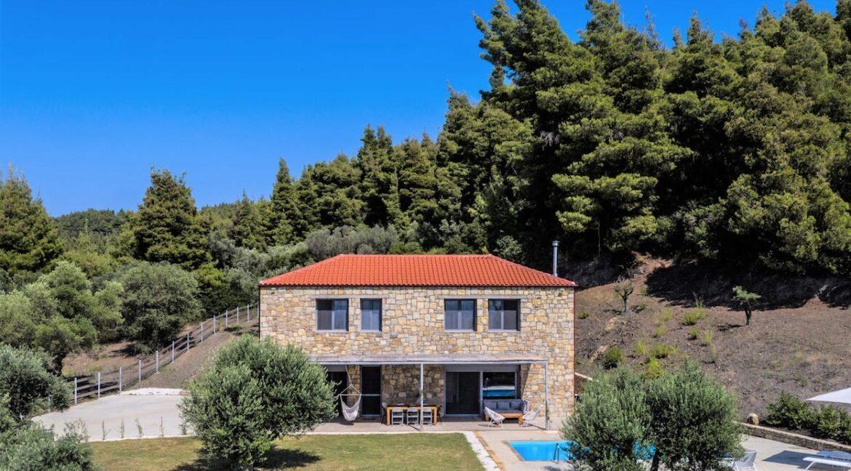 Beautiful villa Sithonia Halkidiki. Hill top Villa Halkidiki Greece for sale 20