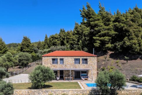 Beautiful villa Sithonia Halkidiki. Hill top Villa Halkidiki Greece for sale
