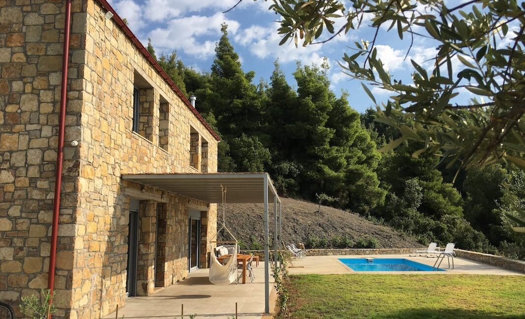 Beautiful villa Sithonia Halkidiki. Hill top Villa Halkidiki Greece for sale 21