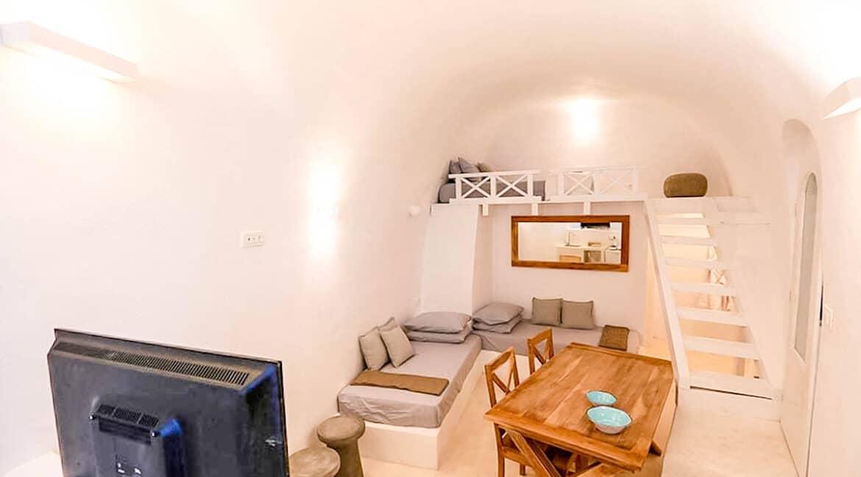 Cave House Santorini Greece for Sale, Akrotiri, Santorini Island Properties 3