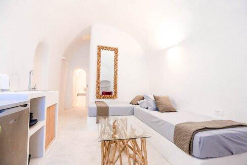 Cave House Santorini Greece for Sale, Akrotiri, Santorini Island Properties 4