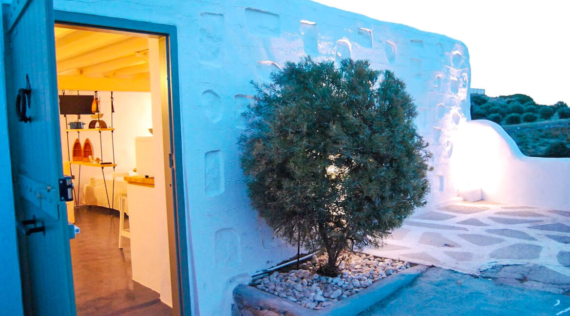 High aesthetic studios Syros Island Cyclades Greece for sale. Economy Houses Greek Islands 1