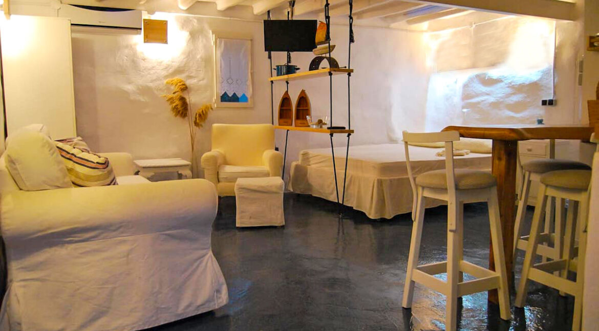 High aesthetic studios Syros Island Cyclades Greece for sale. Economy Houses Greek Islands 11