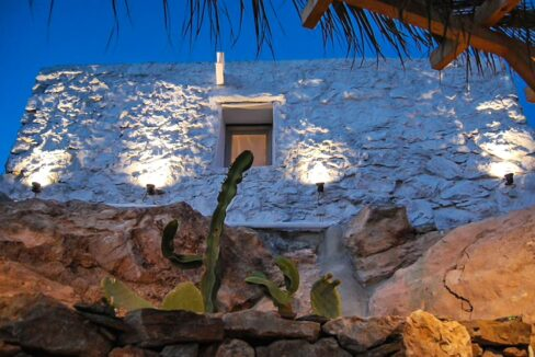 High aesthetic studios Syros Island Cyclades Greece for sale. Economy Houses Greek Islands 3