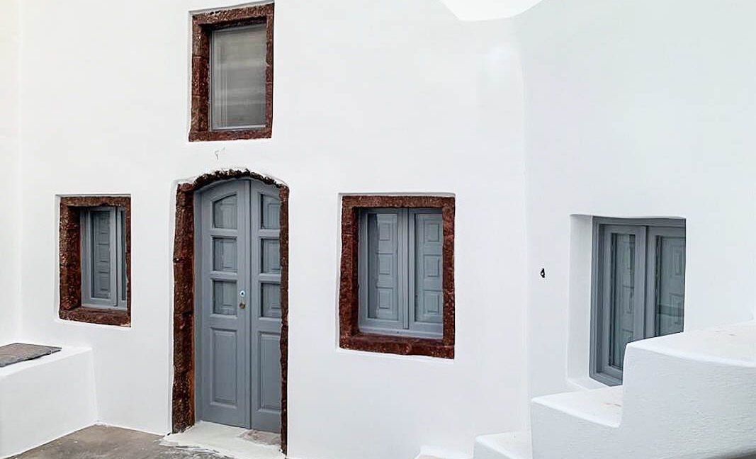 House at Kasteli Santorini for Sale with 2 Bedrooms. Santorini Houses for sale 24