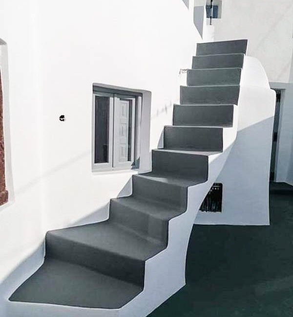 House at Kasteli Santorini for Sale with 2 Bedrooms. Santorini Houses for sale 4
