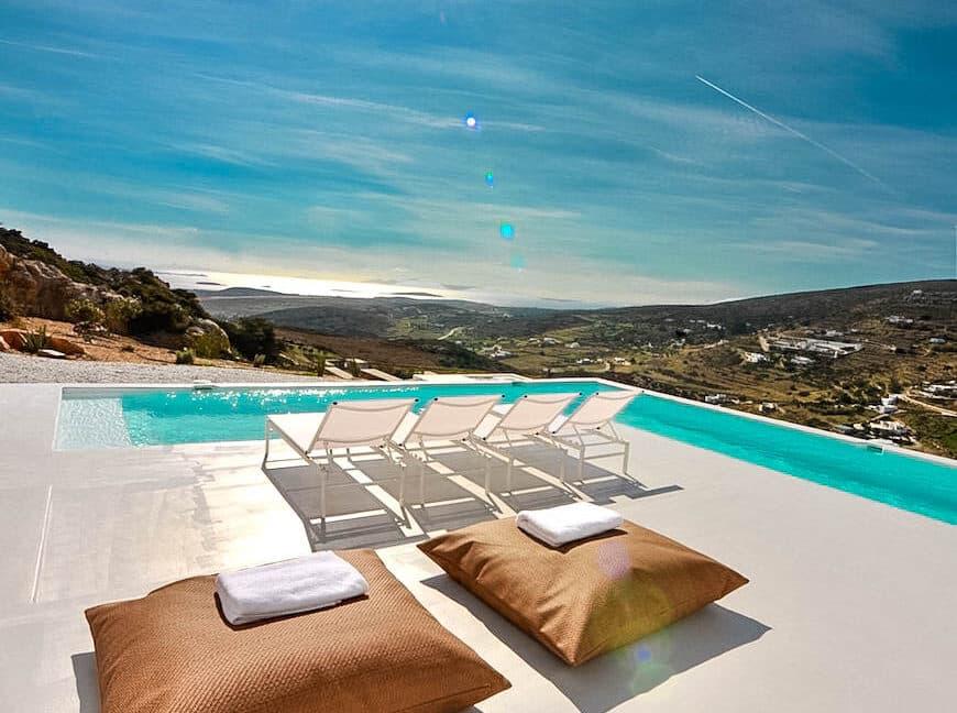 Houses for sale in Paros, Luxury Estate Paros Greece for sale. Paros Homes, Paros Realty. Properties in Paros Greece
