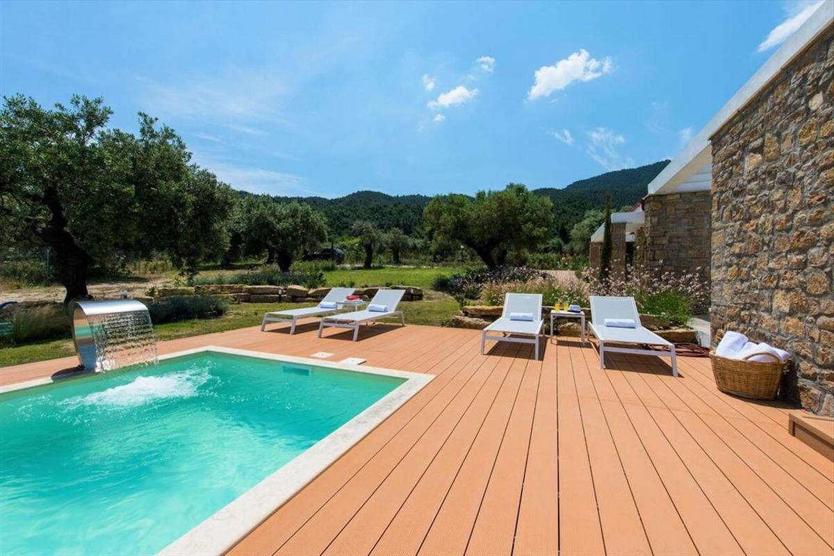 Luxury House Sithonia Chalkidiki Vourvourou with Building Permit for 2 more houses