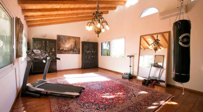 Luxury Seafront Villa in Corfu Greece for sale 10