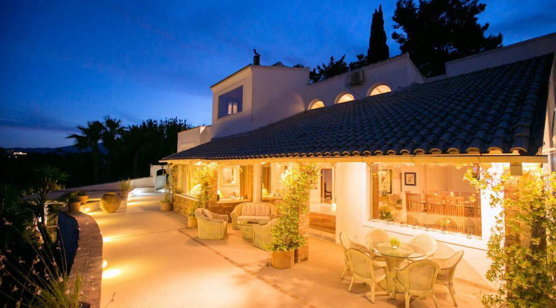 Luxury Seafront Villa in Corfu Greece for sale 13