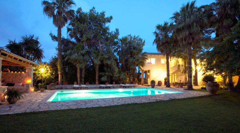 Luxury Seafront Villa in Corfu Greece for sale 15