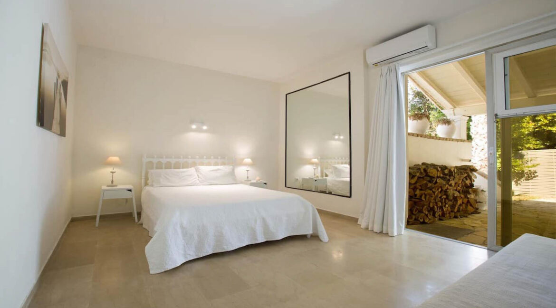 Luxury Seafront Villa in Corfu Greece for sale 22