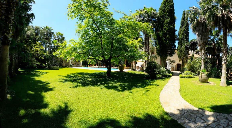 Luxury Seafront Villa in Corfu Greece for sale 33