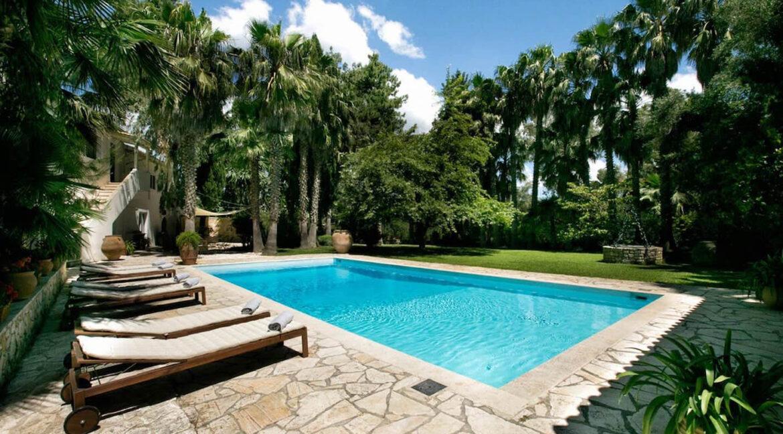 Luxury Seafront Villa in Corfu Greece for sale 36