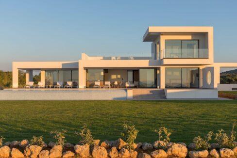 Seafront Villa Corfu Greece for sale. Corfu Luxury Properties for sale 12