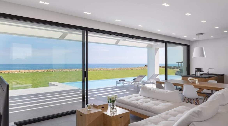 Seafront Villa Corfu Greece for sale. Corfu Luxury Properties for sale 15