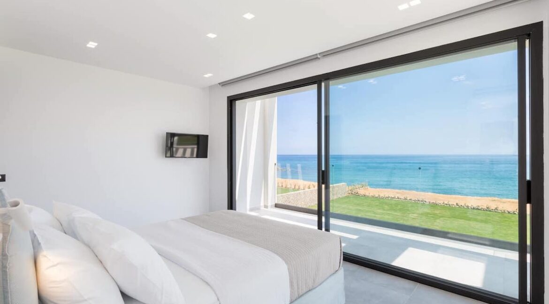 Seafront Villa Corfu Greece for sale. Corfu Luxury Properties for sale 21