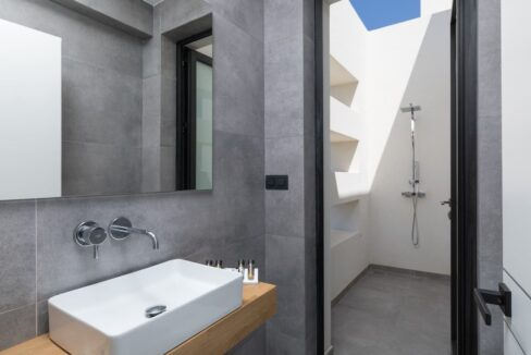 Seafront Villa Corfu Greece for sale. Corfu Luxury Properties for sale 30