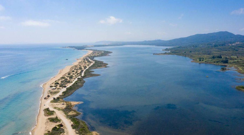 Seafront Villa Corfu Greece for sale. Corfu Luxury Properties for sale 31
