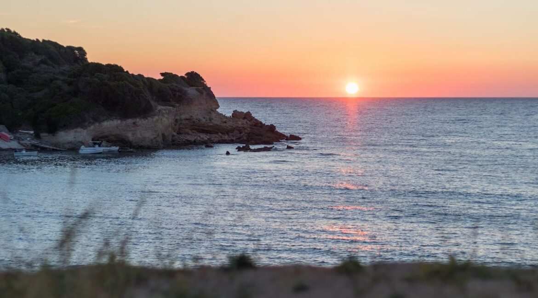 Seafront Villa Corfu Greece for sale. Corfu Luxury Properties for sale 8