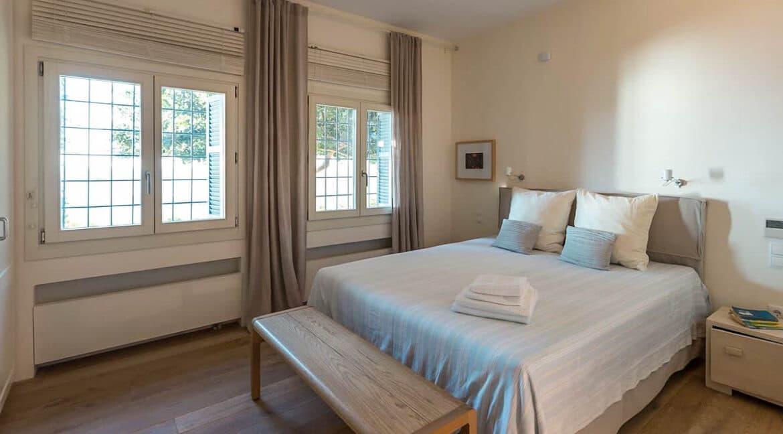 Seafront Villa for sale in Aegina Island Greece for sale 22