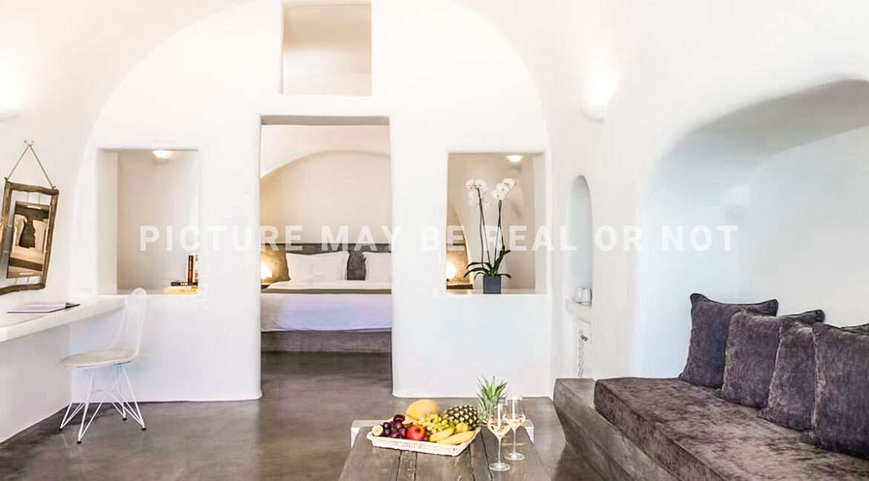 Luxury Caldera Suite Oia Santorini Greece for sale. Santorini Properties 10