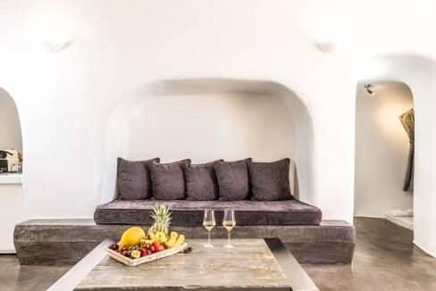 Luxury Caldera Suite Oia Santorini Greece for sale. Santorini Properties 8