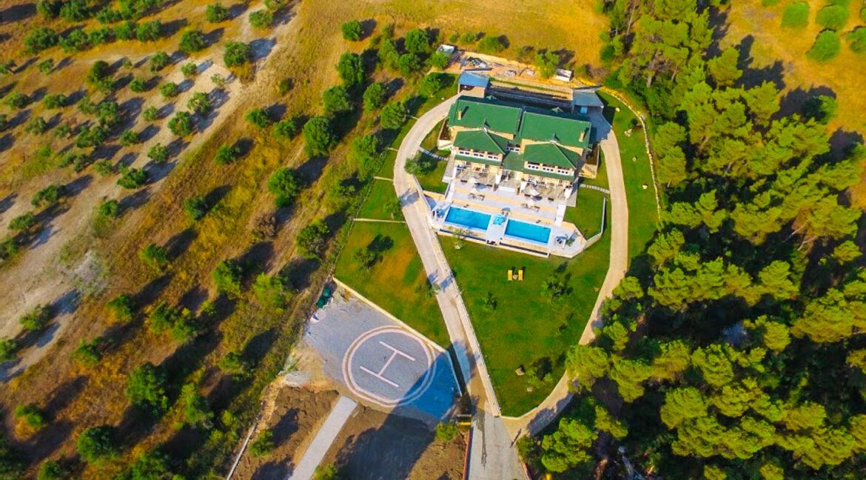 Mansion with helipad in Halkidiki Greece, Luxury Estate in Chalkidiki Greece for sale 2