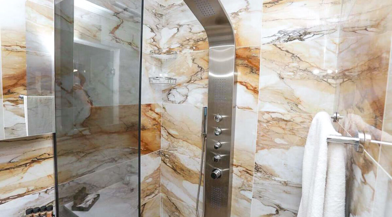 Mansion with helipad in Halkidiki Greece, Luxury Estate in Chalkidiki Greece for sale 37