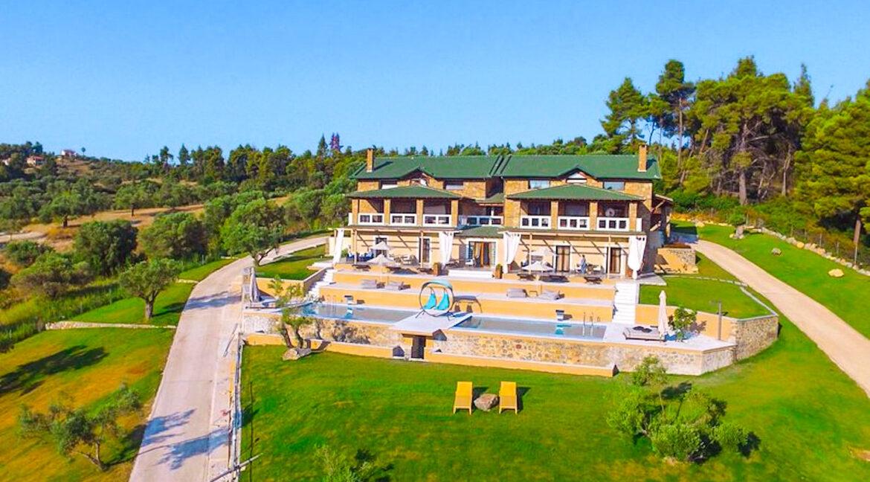 Mansion with helipad in Halkidiki Greece, Luxury Estate in Chalkidiki Greece for sale 4