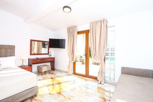 Mansion with helipad in Halkidiki Greece, Luxury Estate in Chalkidiki Greece for sale 43