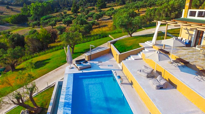 Mansion with helipad in Halkidiki Greece, Luxury Estate in Chalkidiki Greece for sale 6
